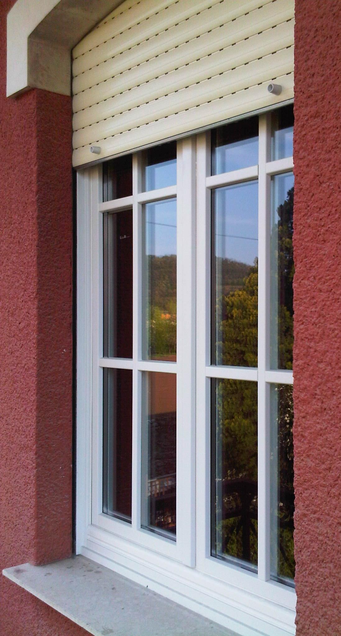 Infissi in legno v8 serramenti serramenti e infissi a for Finestra legno bianco