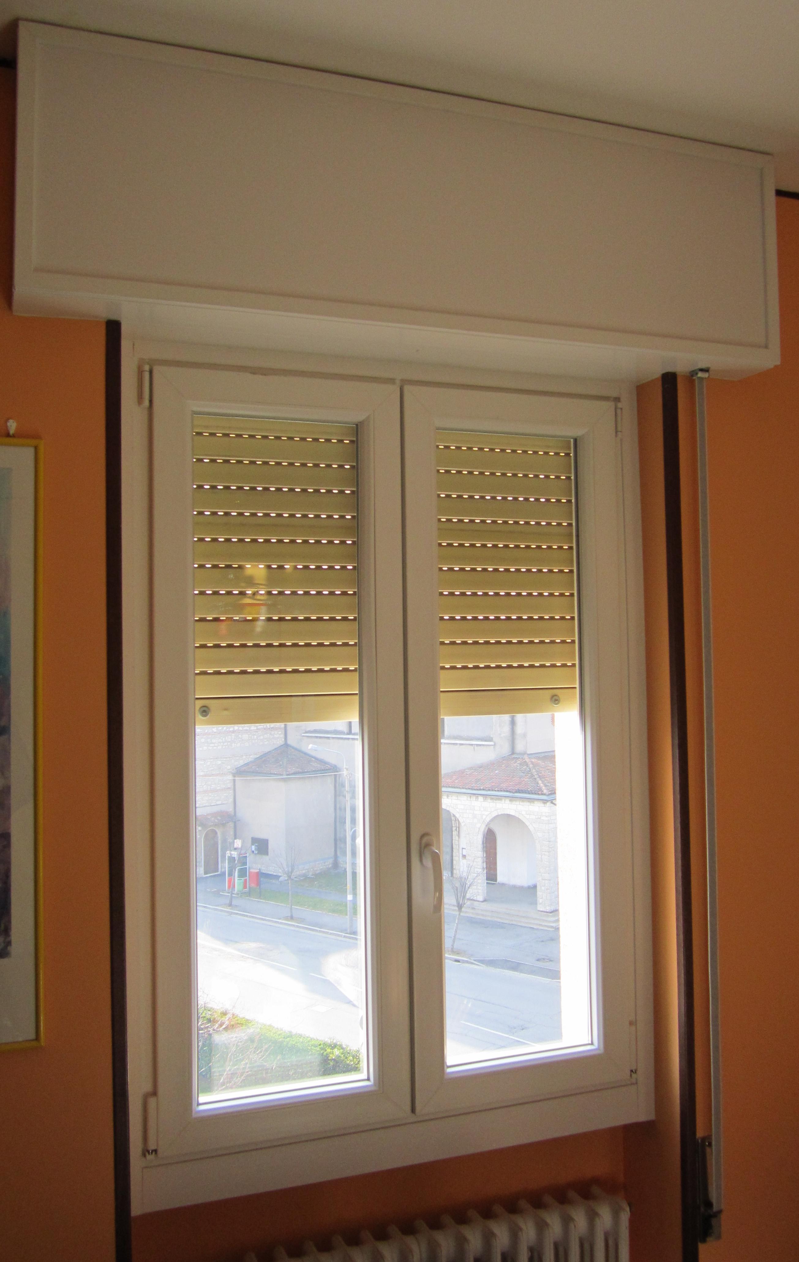 V8 serramenti e infissi finestre risparmio energetico for Finestre pvc